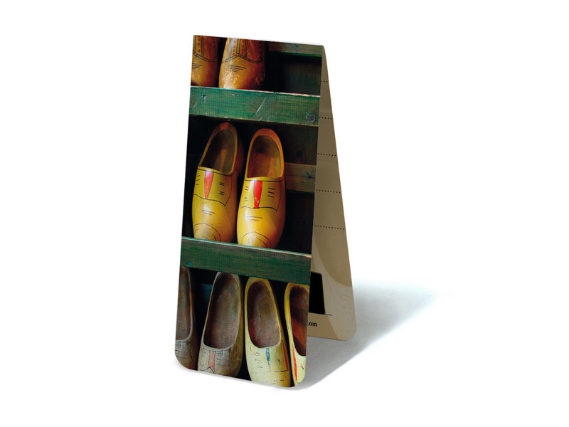 Magnetic Bookmark, Wooden shoes in rack