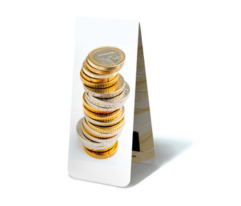 Marcador magnético, monedas de euro apiladas