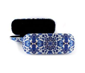 Brillenkoker, Delfts blauwe tulpentegels