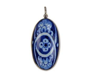 Pendentif, Faïence de Delft, ovale fleur