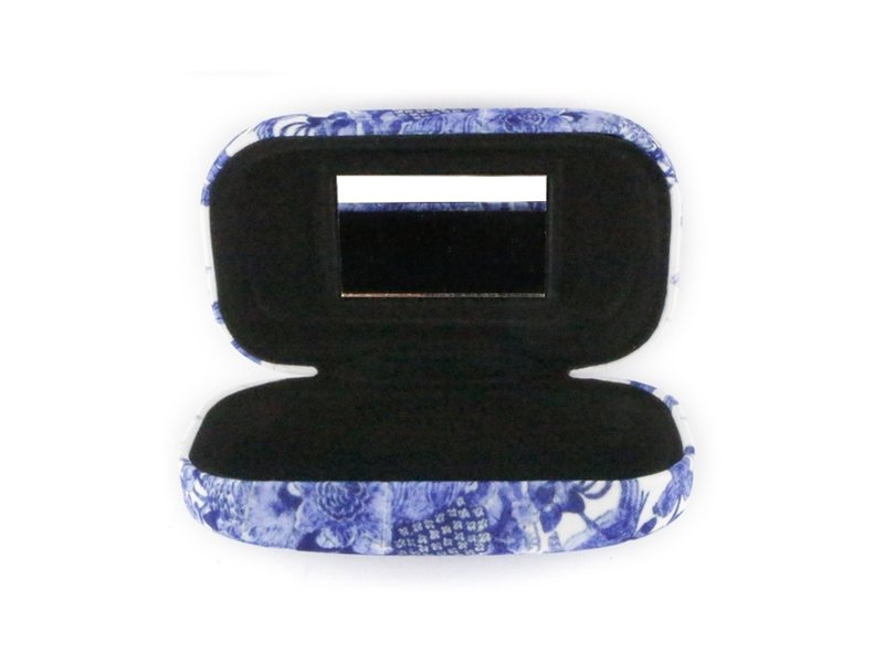 Lipstick / lens / travel box, Delft Blue tiles birds