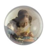 Presse-papiers convexe en verre, Vermeer, La Dentellière