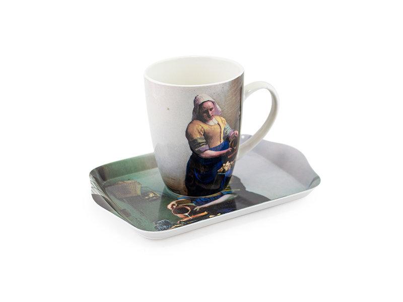 Conjunto: Taza y bandeja, Lechera, Vermeer
