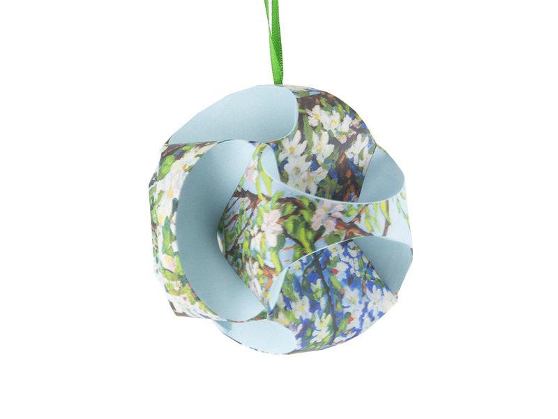 Doe-het zelf: Kerstbal Van Gogh, Toorop, bloesem