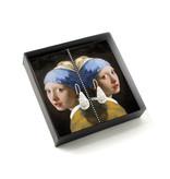 Pendientes chapados en plata con brillantes piedras de cristal, Chica con un pendiente de perla, Vermeer