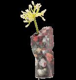 Vase en papier, Nature morte avec des fleurs et une montre, A. Mignon