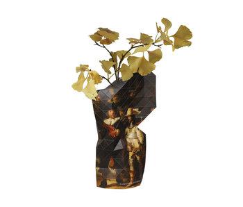Vase en papier, Rembrandt, la veille de nuit