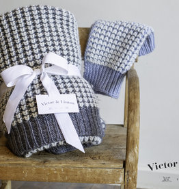 Victor & Linton Bee Nest, plaid, lt blauw/gebroken wit, 110x150 cm