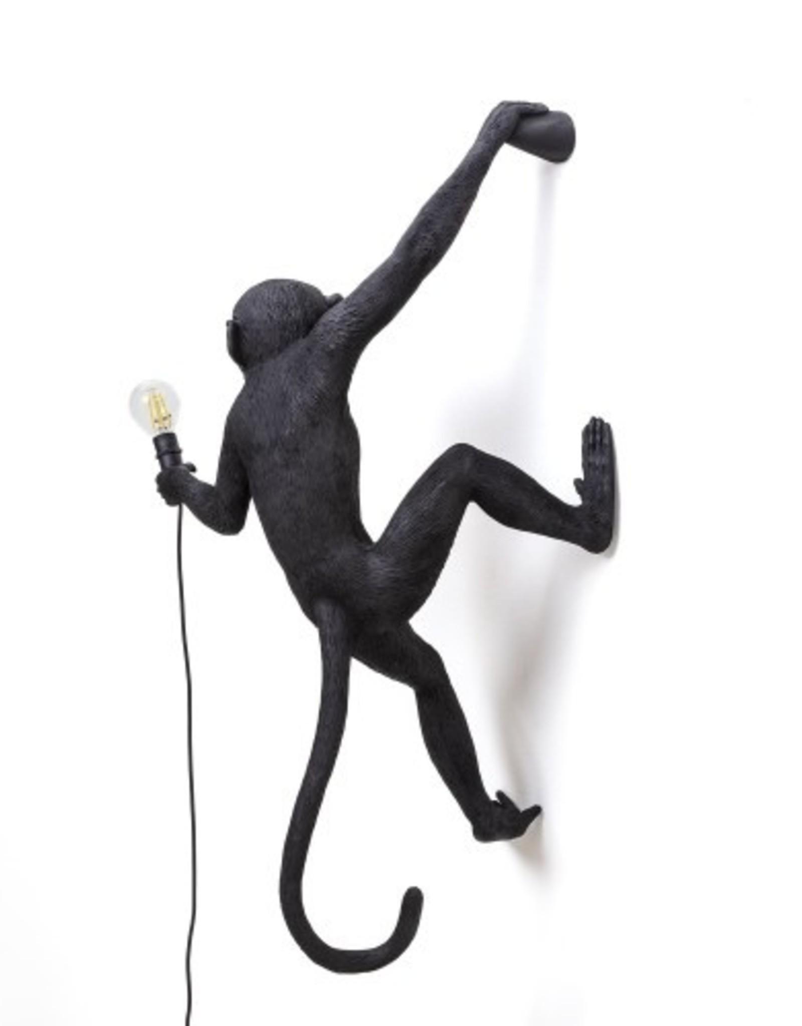 Seletti MONKEY LAMP, RESIN Cm.37x20,5h.76,5- HANGING RIGHT HAND-BLACK
