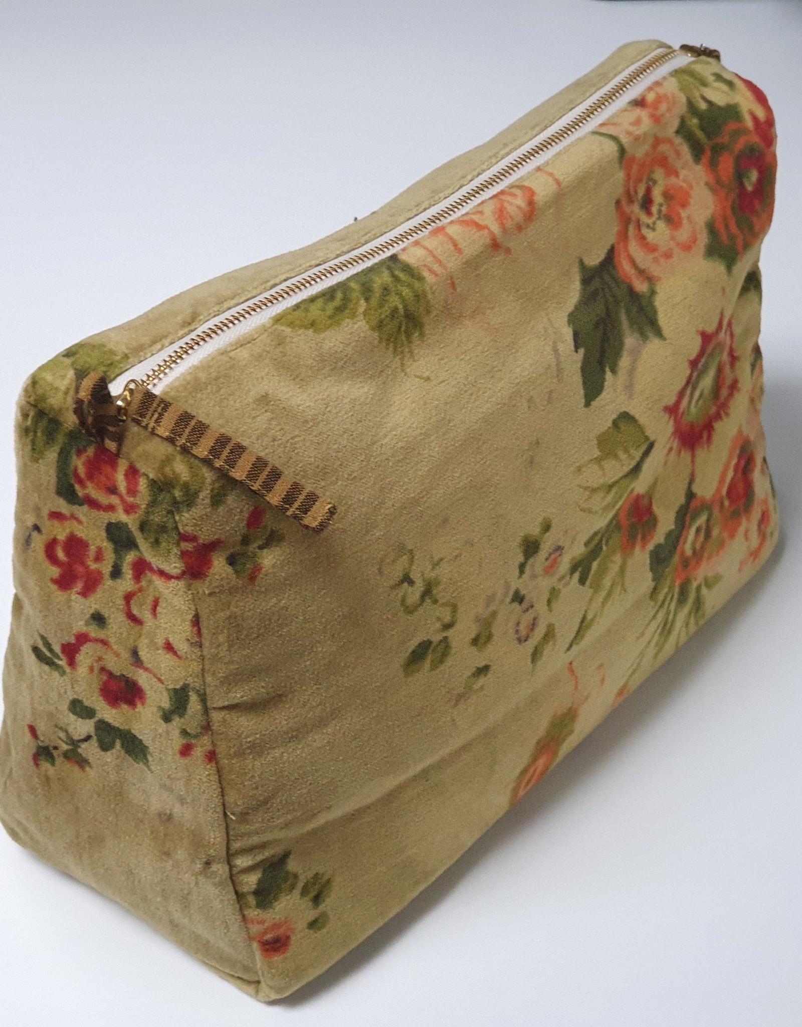 BANGALORE Toilet bag 31x18x12 cm, CURRY