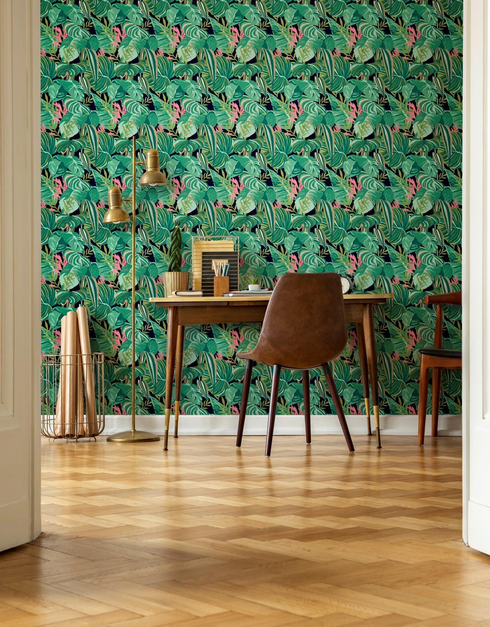 MINDTHEGAP Designer wallpaper TROPICAL FOLIAGE Anthracite