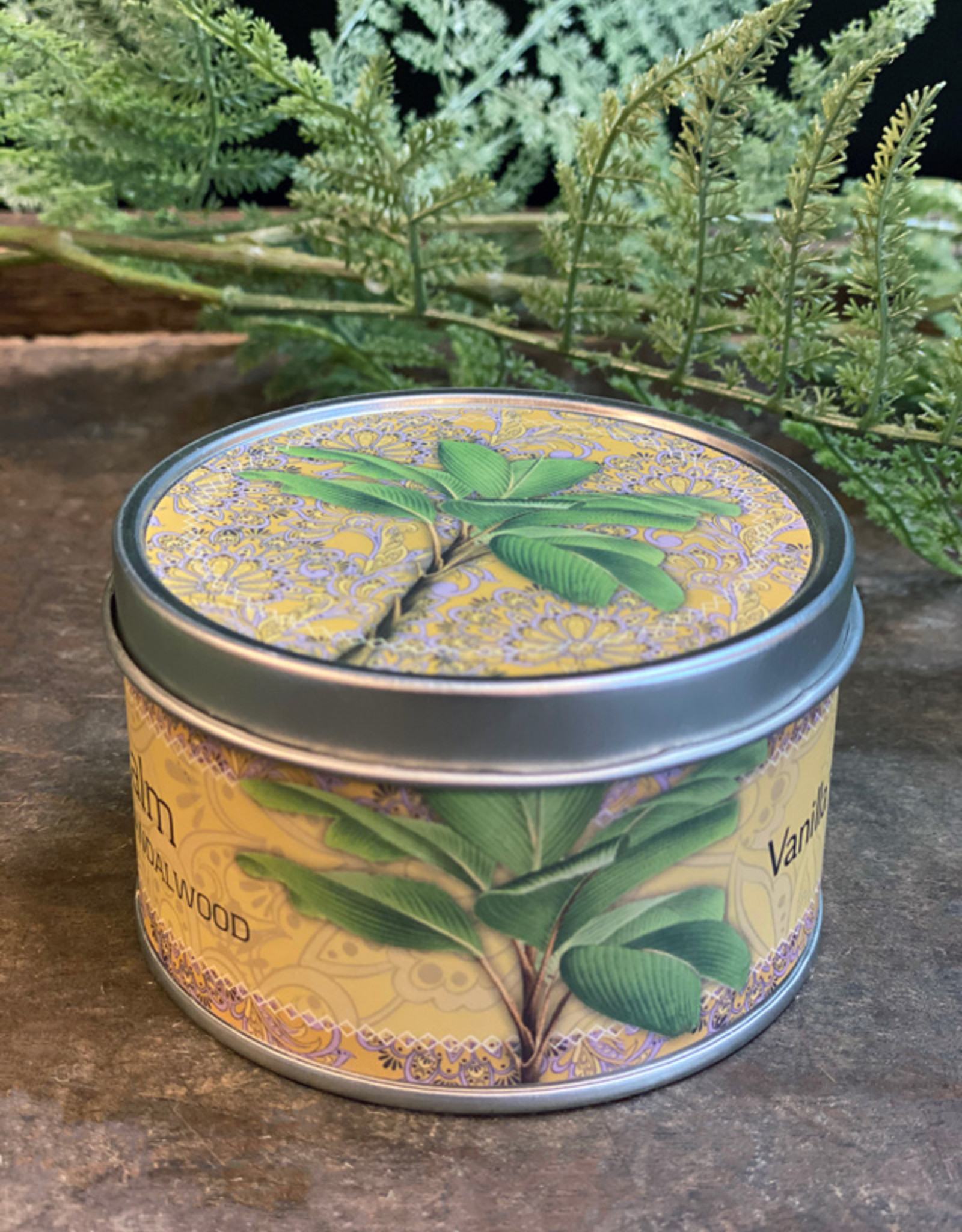 Vanilla Fly SCENTED CANDLE - SOY WAX - sandalwood