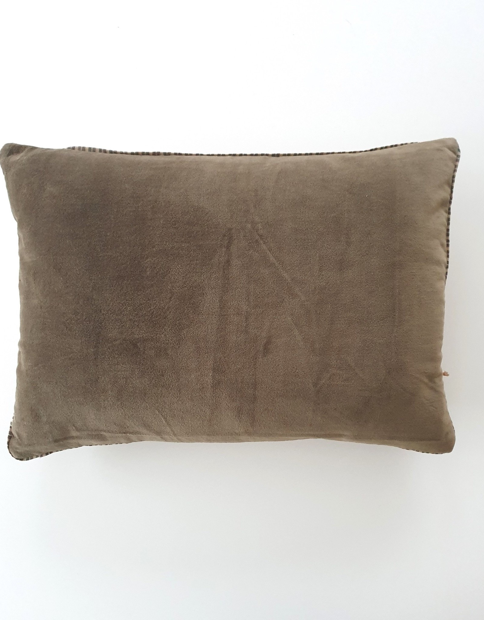 NAMASTE  Coussin 35X50 cm TAUPE