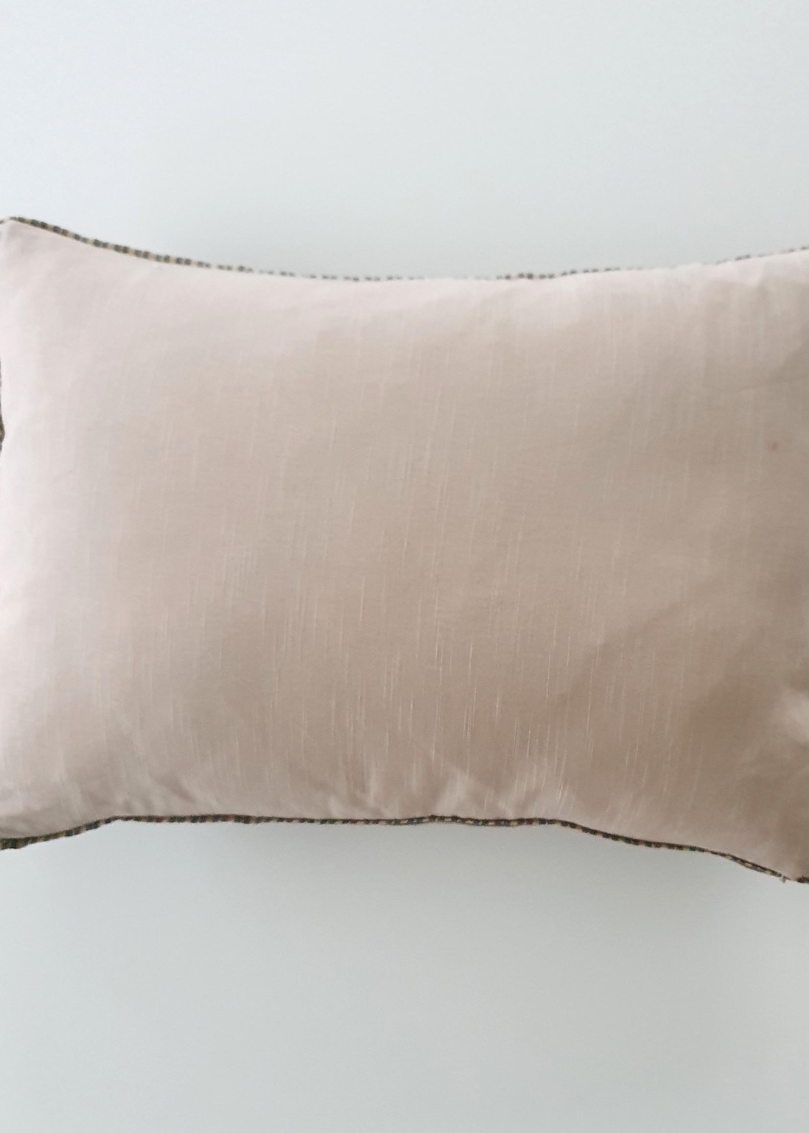 NAMASTE  Coussin 35X50 cm ZINC