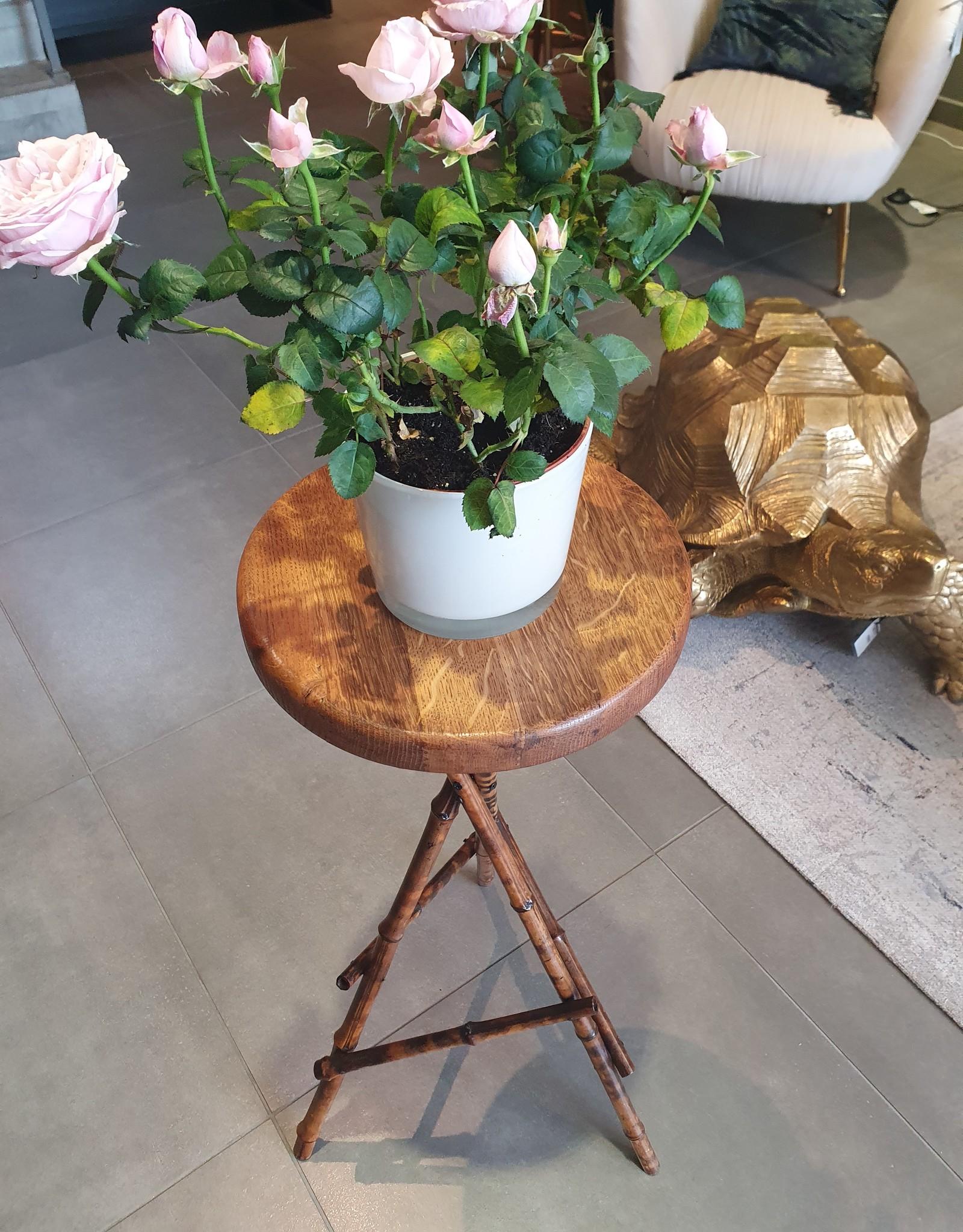 Vintage bloemenkrukje