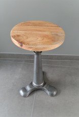 Industrial Singer stool, grey, replica