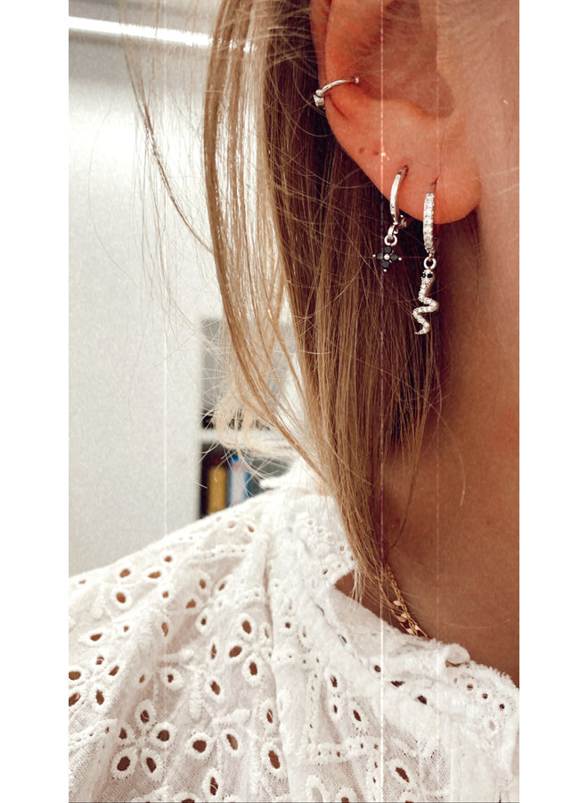 TINY FLOWER PLATED EARRING - BLACK
