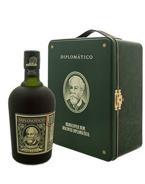 Diplomatico Reserva Exclusiva Suitcase