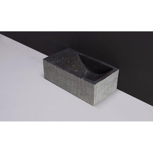 Fontein Forzalaqua Kalmar Hardsteen Gezoet Gefrijnd Zonder Kraangat Links 40x22x10 cm