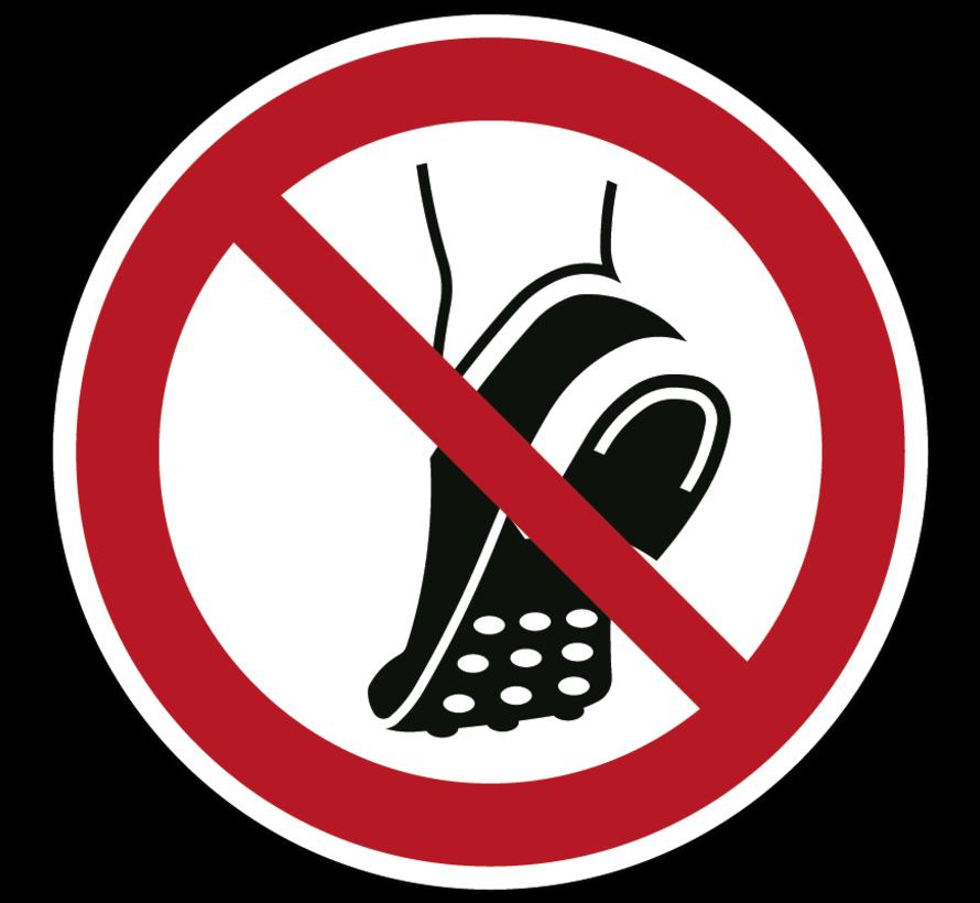Geen schoenen met metalen noppen dragen pictogram