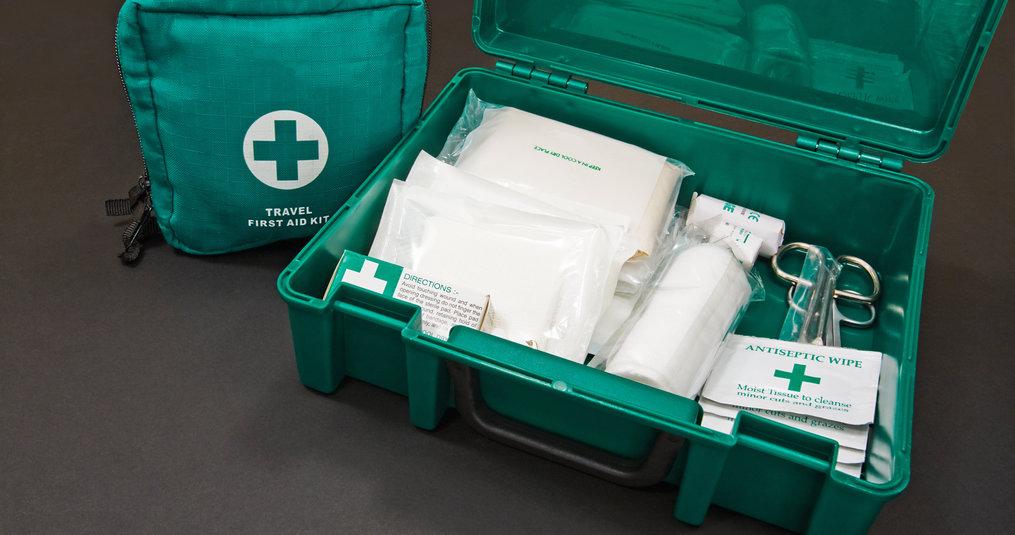 Waarom gebruiken wij een EHBO koffer?