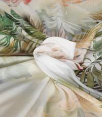 Viscose ecru met blad en bloem