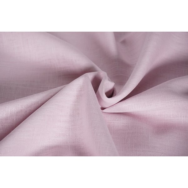 Gewassen linnen zachtrose