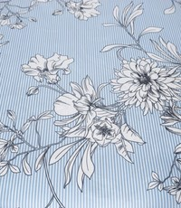 Popeline bloem op blauw-wit streepje