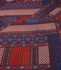 Chiffon rood met blauw in blokken