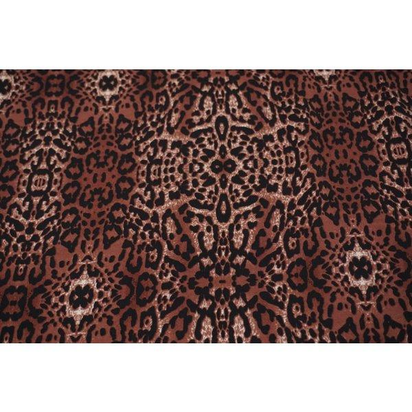 Viscose met bruin-rode dierenprint