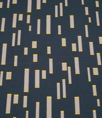 Stripes on crepe donkergrijs