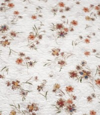 Witte katoen met bruine blommies