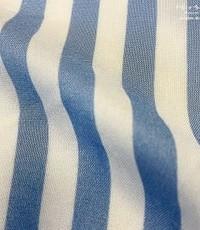 Viscose streep blauw-wit