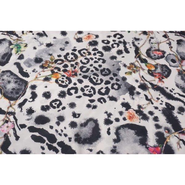 Polyester stof met bloemen print