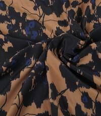 Viscose beige met zwarte bloemen