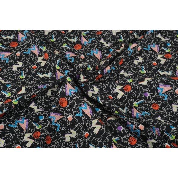 Viscose stof zwart met kleurige figuurtjes