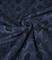 Gebreid zwart met blauw slangenpatroon