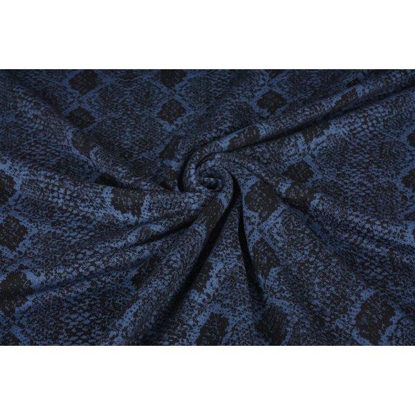 Gebreide stof zwart met blauw slangenpatroon