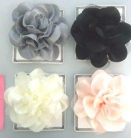 Pika Pika Japan Classical flower corsage : PB