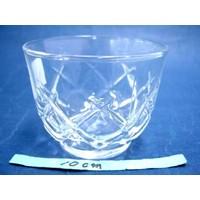 Glas voor koude dranken met kruispatroon