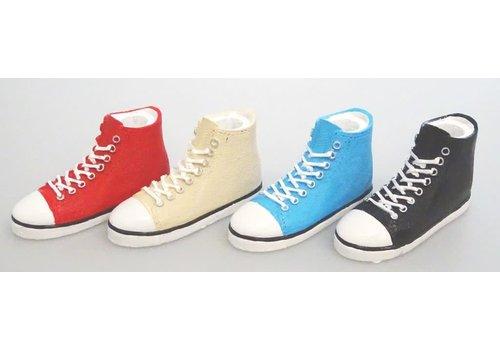 Shoes shape pen stand high cut sneaker 2
