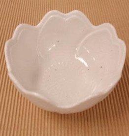 Pika Pika Japan flower bowl Awayuki