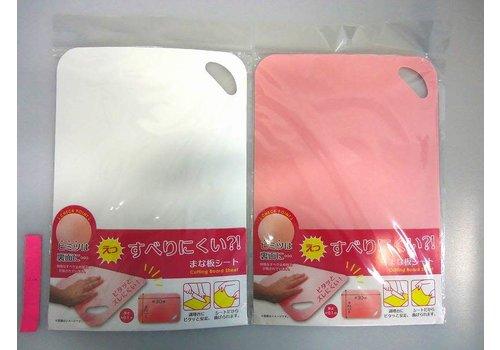 Non-slip cutting sheet