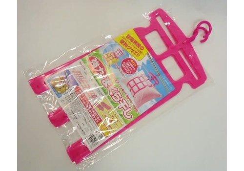 Plastic hanger for pillow