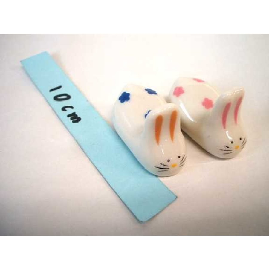 Chopsticks putting of earthenware rabbit2P-1