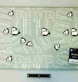 Pika Pika Japan Bath mat with stopper penguin