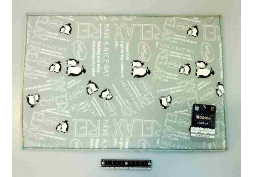 Bath mat with stopper penguin