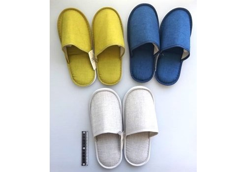 Casual slippers color