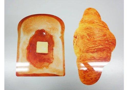 Bread luncheon mat