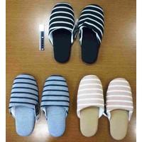 Fit slippers border assort